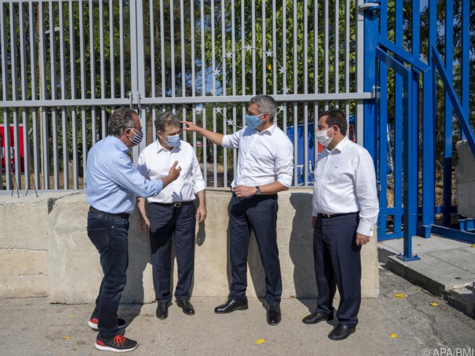 Nehammer macht gemeinsame Sache mit Griechenland