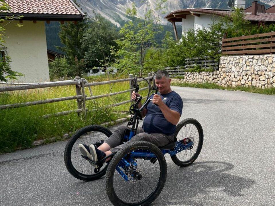 Reinhard mit Handbike