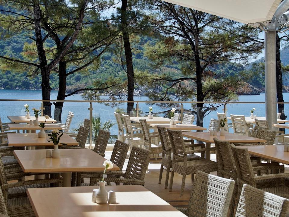 Restaurant See
