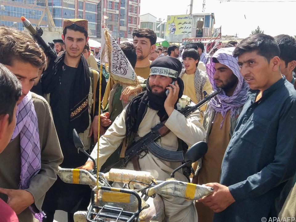 Taliban-Kämpfer weiter auf dem Vormarsch
