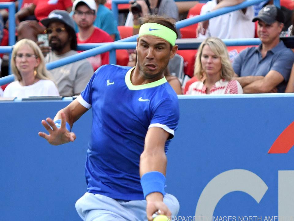 Tennisstar klagt über Schmerzen im Fuß