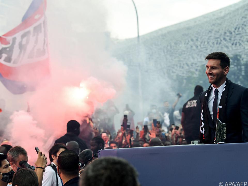 Trubel bei Messi-Vorstellung in Paris