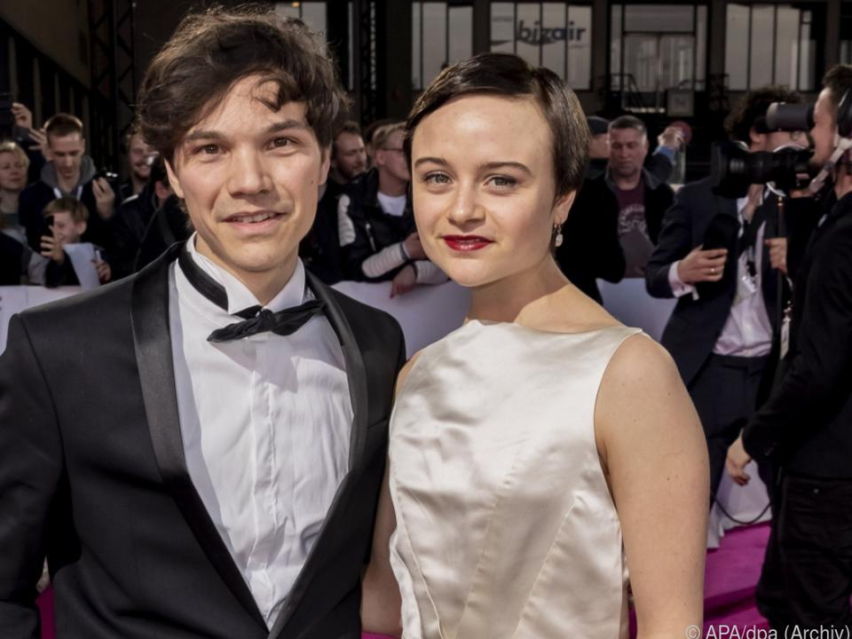 TV-Star Lena Urzendowsky und Bruder Sebastian