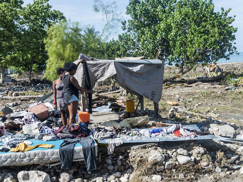Vier Tage nach Erdbeben drohen Überschwemmungen