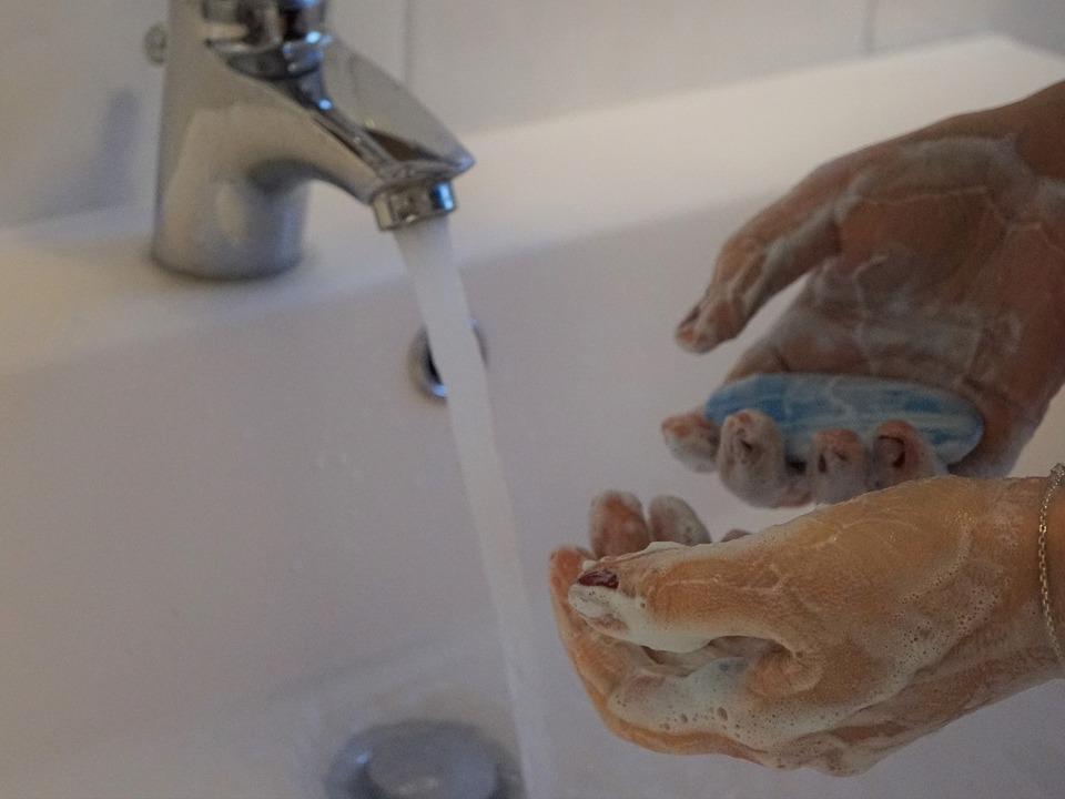 Corona Hände waschen