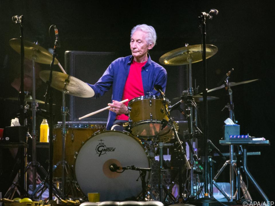 Watts saß bis ins hohe Alter an seinem geliebten Schlagzeug