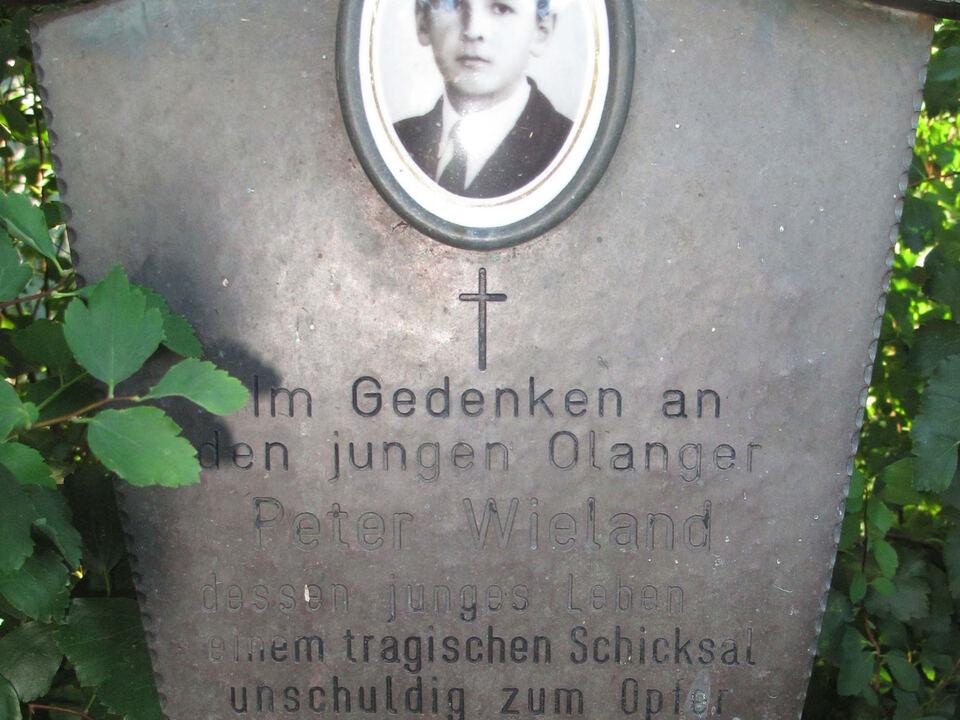 1 Gedenkkreuz Wieland
