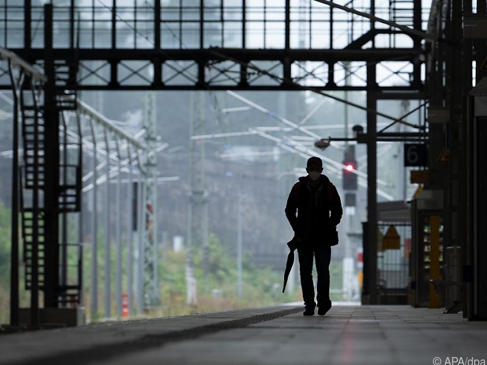 Ab Donnerstag soll dann auch der Personenverkehr bestreikt werden