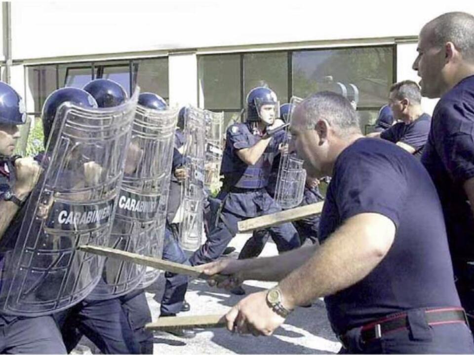 Alto Adige - Training des siebten Carabinieri-Regiments in Leifers