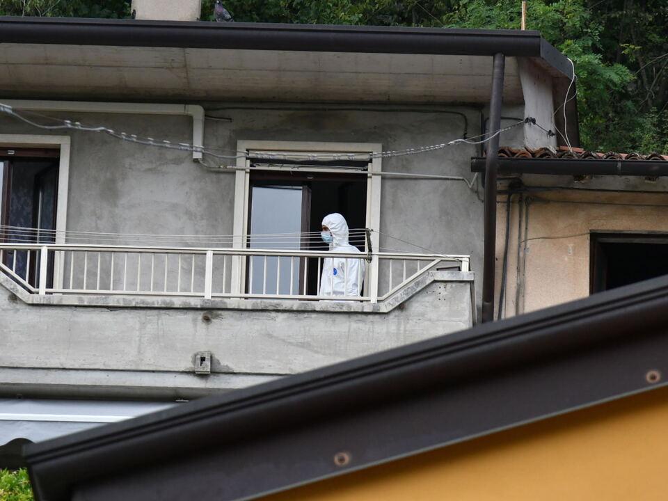 Investigatori sul luogo dove è stata uccisa una 21 enne a colpi di pistola, Montecchio Maggiore (Vicenza), 15 settembre 2021.  athesiadruck2_20210916190336186_3483f80f1f1c0ac9d83cc0e72536e15a