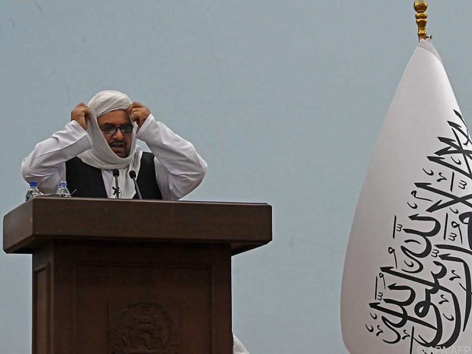 Bildungsminister Haqqani setzt auf Geschlechtertrennung