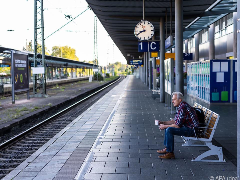 Bis Dienstag geht der Streik bei der Deutschen Bahn vorerst weiter