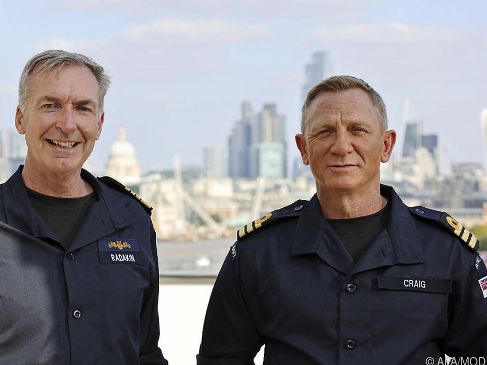 Daniel Craig ist jetzt auch Commander