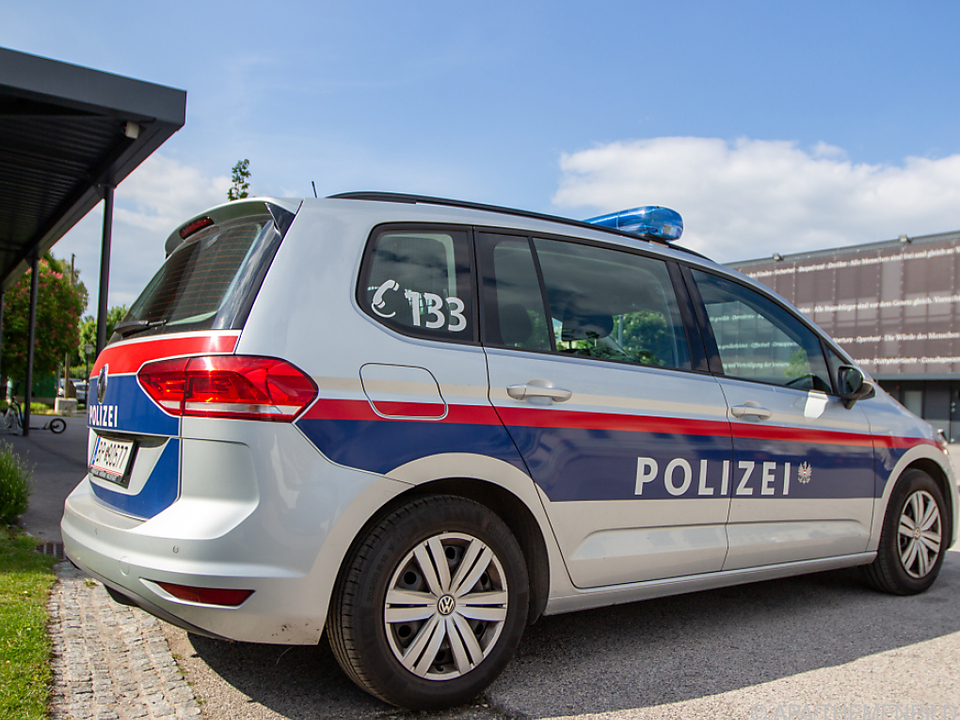 Die Polizei war am Freitag noch am Tatort