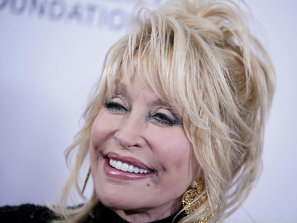 Dolly Parton fühlt sich \