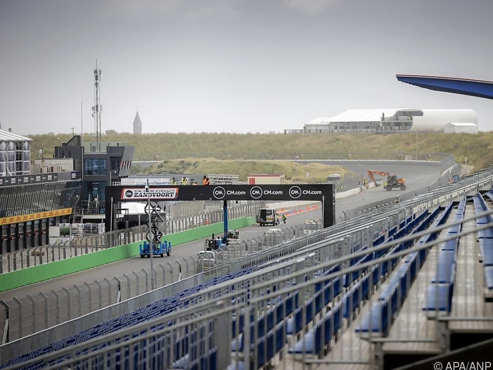 Es ist angerichtet in Zandvoort - für die Formel 1 erstmals seit 1985