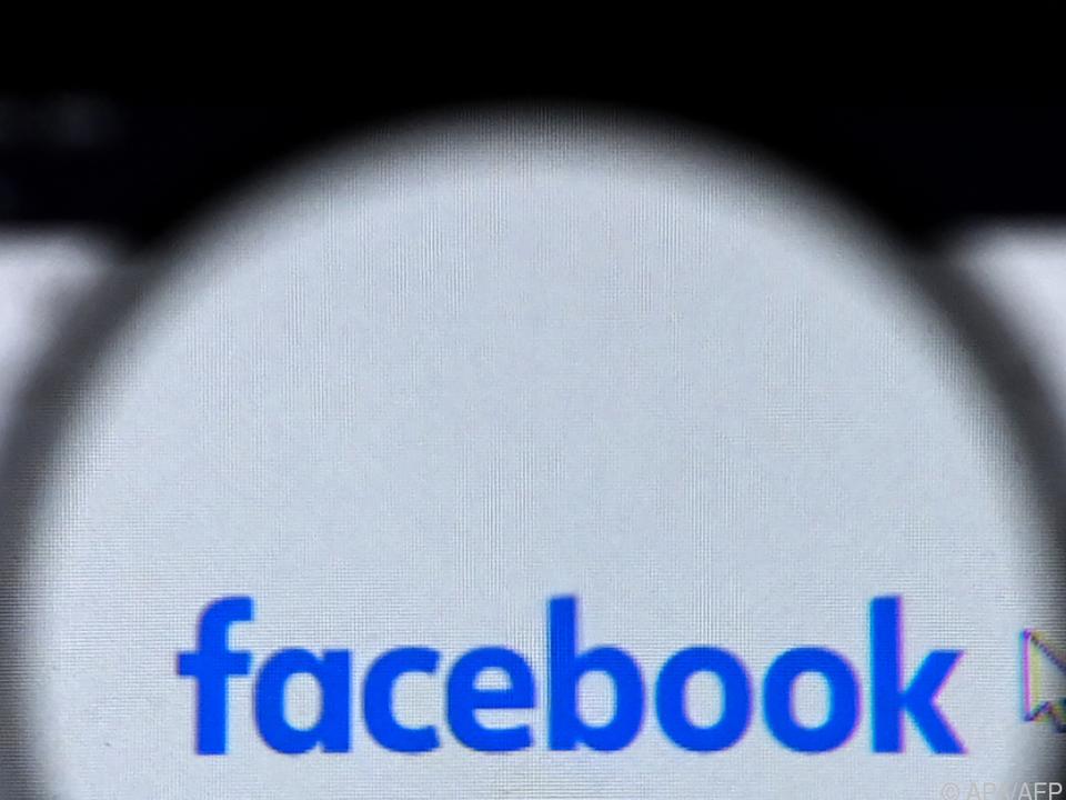 Facebook nimmt sich selbst unter die Lupe
