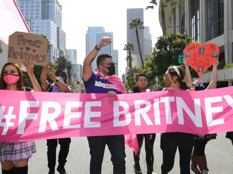 Fans von Britney Spears demonstrieren für sie