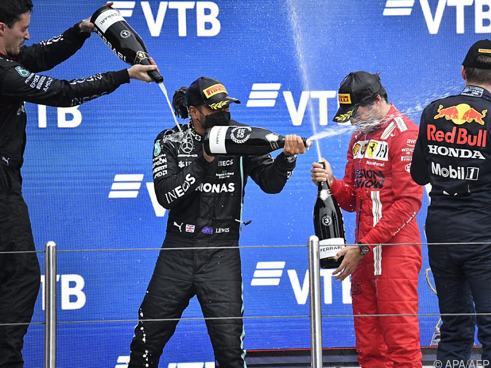 Hamilton feiert in Sotschi seinen 100. Sieg in der Formel 1