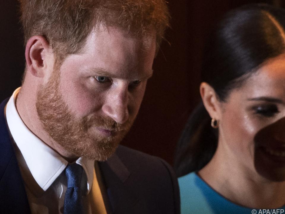 Harry und Meghan reihen sich in ein riesen Star-Aufgebot ein