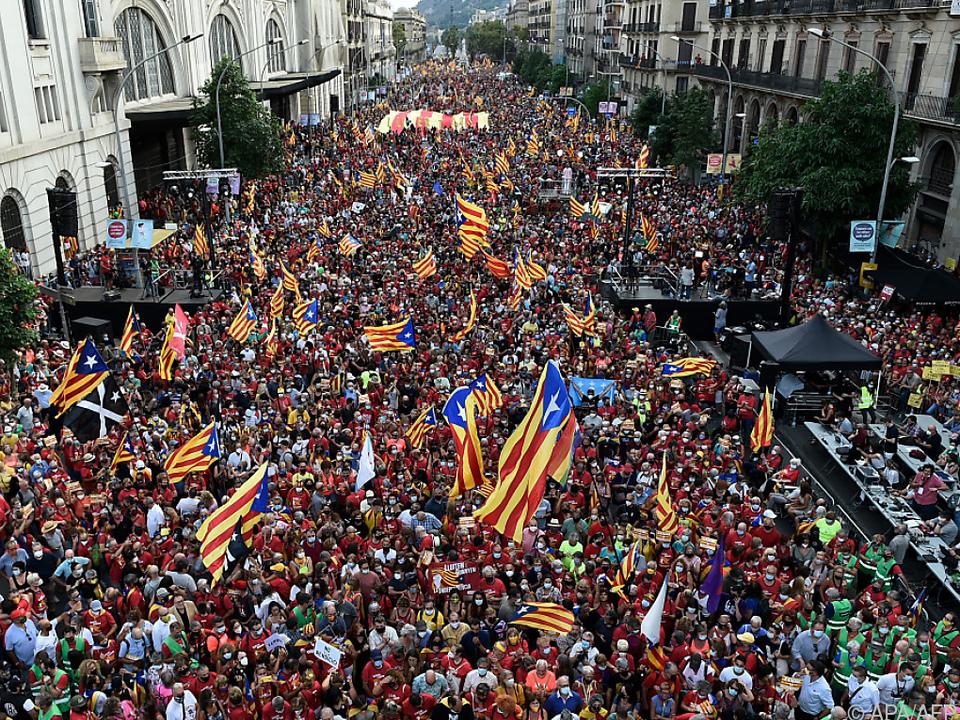 Hunderttausende auf den Straßen von Barcelona