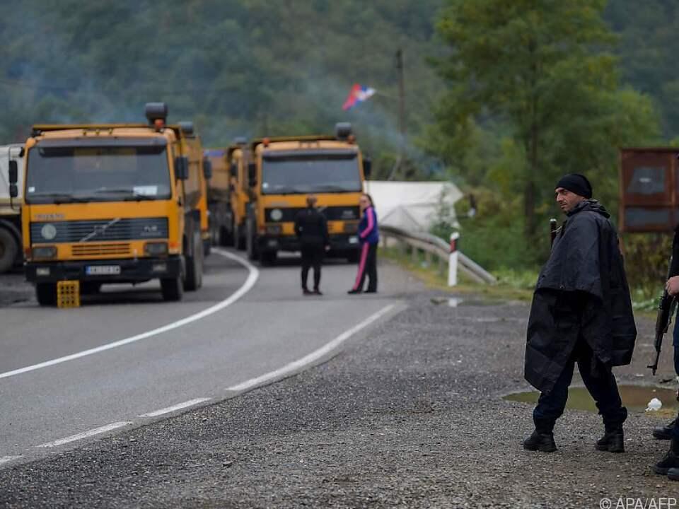 Kosovo sagt Aufhebung von Grenzsperren zu