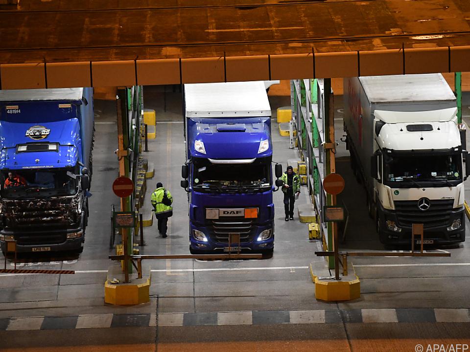Mangel an Lkw-Fahrern löste Kraftstoffkrise in London aus