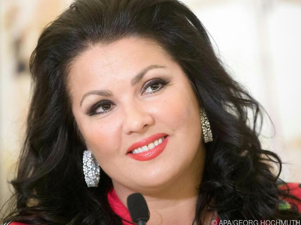 Operndiva Anna Netrebko begeistert auch Kreml-Chef Putin