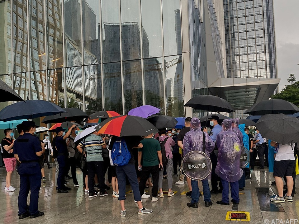 Proteste vor Evergrande-Sitz in Shenzhen
