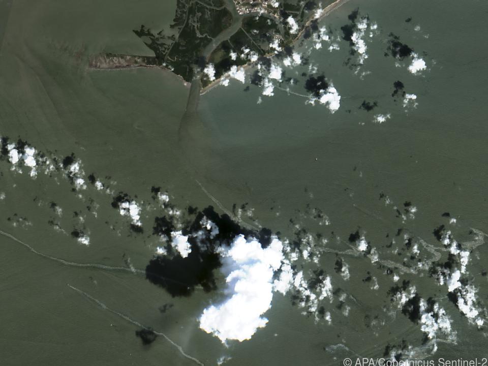 Satellitenbilder zeigen den Ölteppich vor der Küste Louisianas