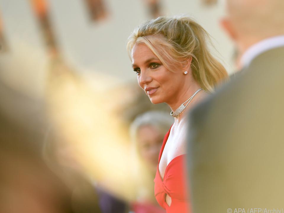 Spears kämpft derzeit auch gegen die Vormundschaft ihres Vaters an