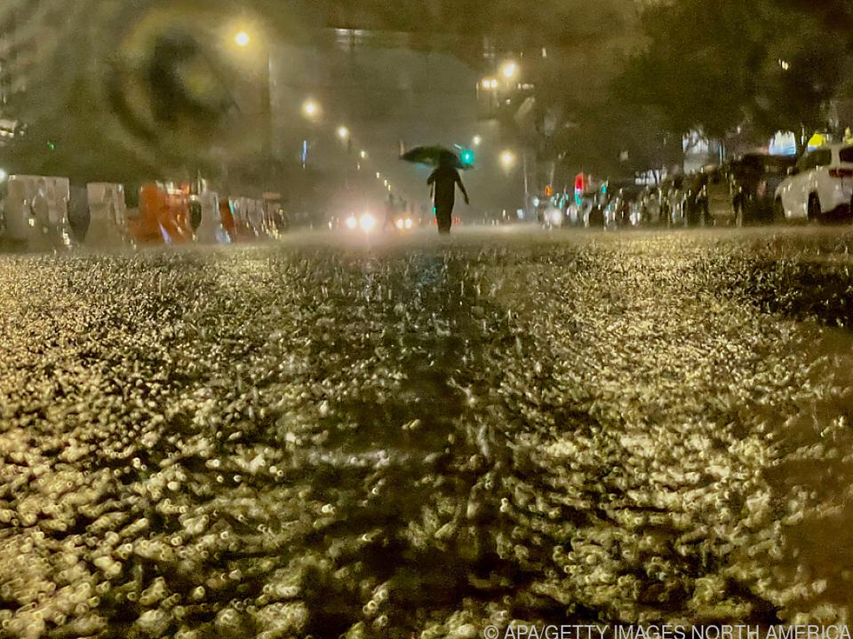 Überschwemmungen nach Extremregen im \