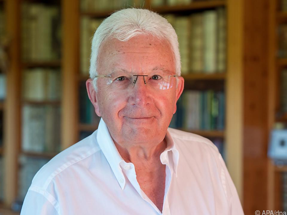 Vandenberg veröffentlichte zahlreiche Werke