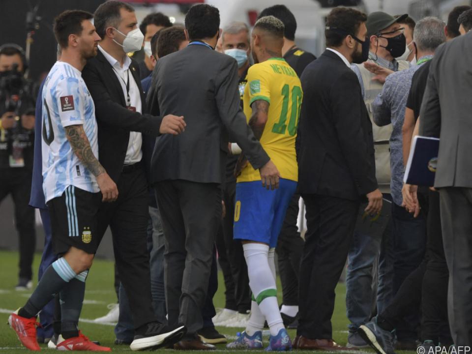 Verwirrung und Aufregung bei Messi, Neymar und Co. in Sao Paulo