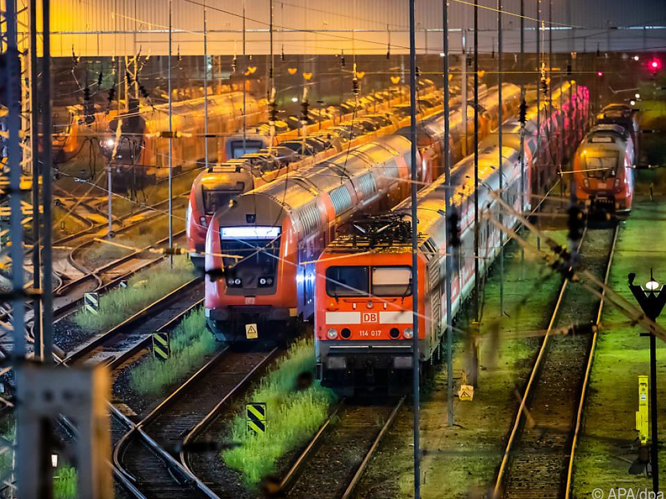 Weiter Stillstand bei der Deutschen Bahn