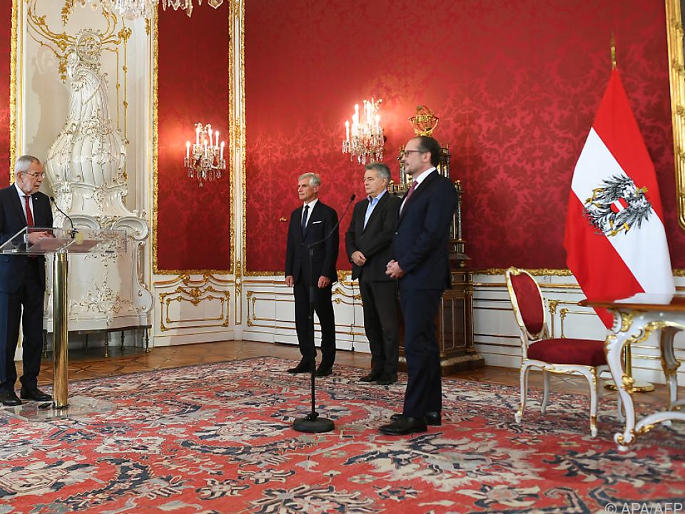 Angelobung durch Bundespräsident Van der Bellen