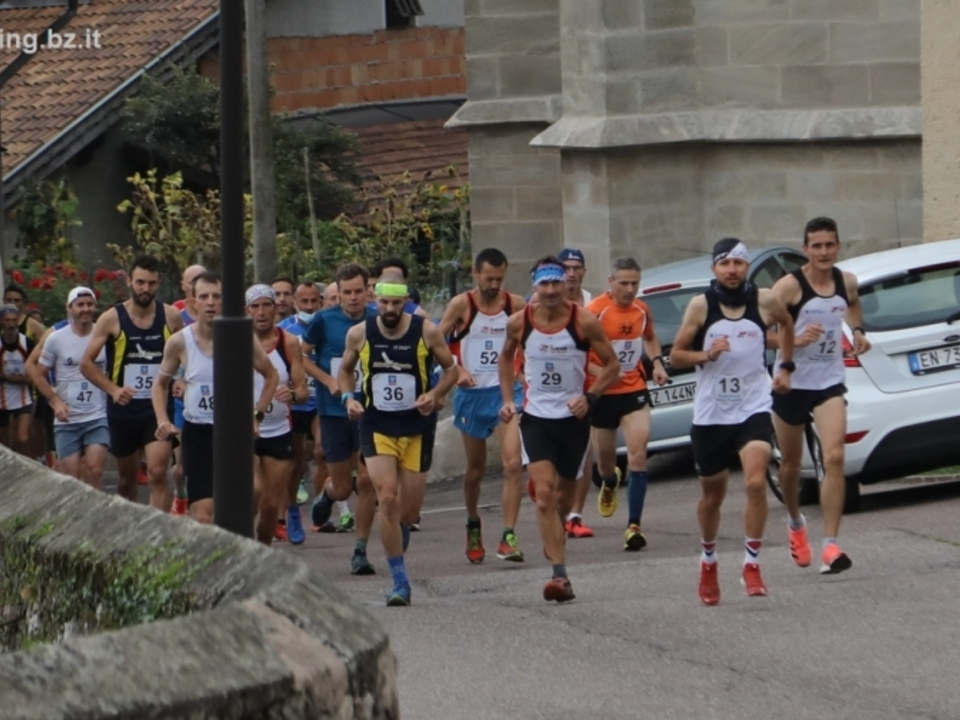 Berglauf_Kaltern_Mendel_3_10_2021_running