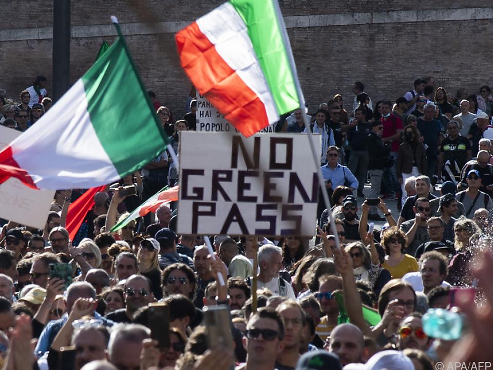 Coronademos in Italien werden gewalttägiger