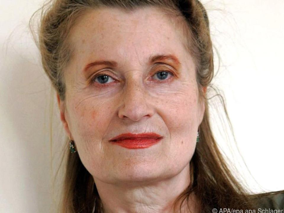 Elfriede Jelinek erhält Nestroy-Preis
