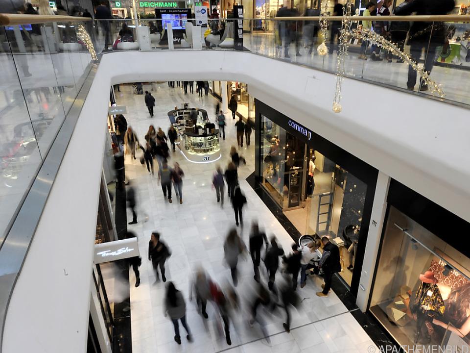 Handelsverband warnt vor Lieferengpässen zu Weihnachten