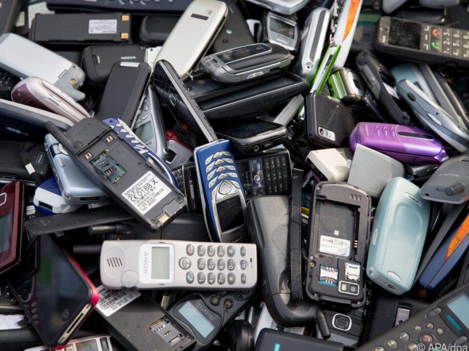 Nur ein kleiner Teil der Altwaren wird recycelt