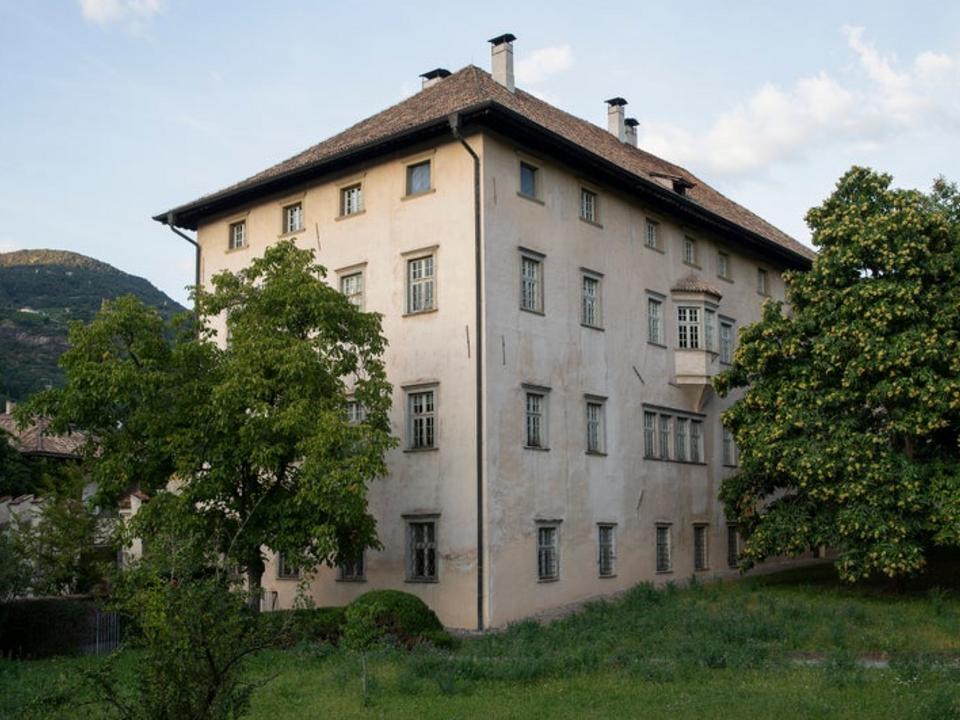 Der Sitz des Landesdenkmalamtes, das Palais Rottenbuch in Bozen, kann am 9. Oktober besichtigt werden. (Foto: LPA/LDA)
