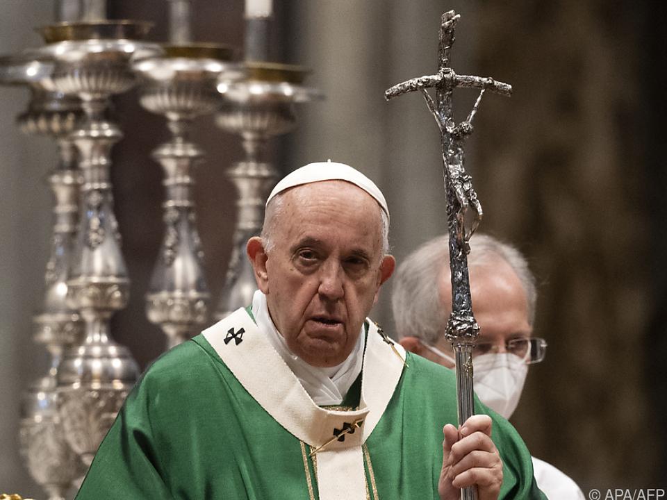 Papst Franziskus bei der Messe zur Eröffnung der Weltsynode