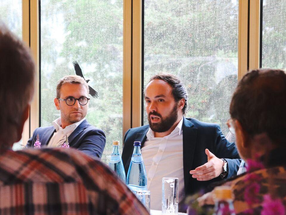 Parteiobmann Philipp Achammer mit Landessekretär Stefan Premstaller © SVP