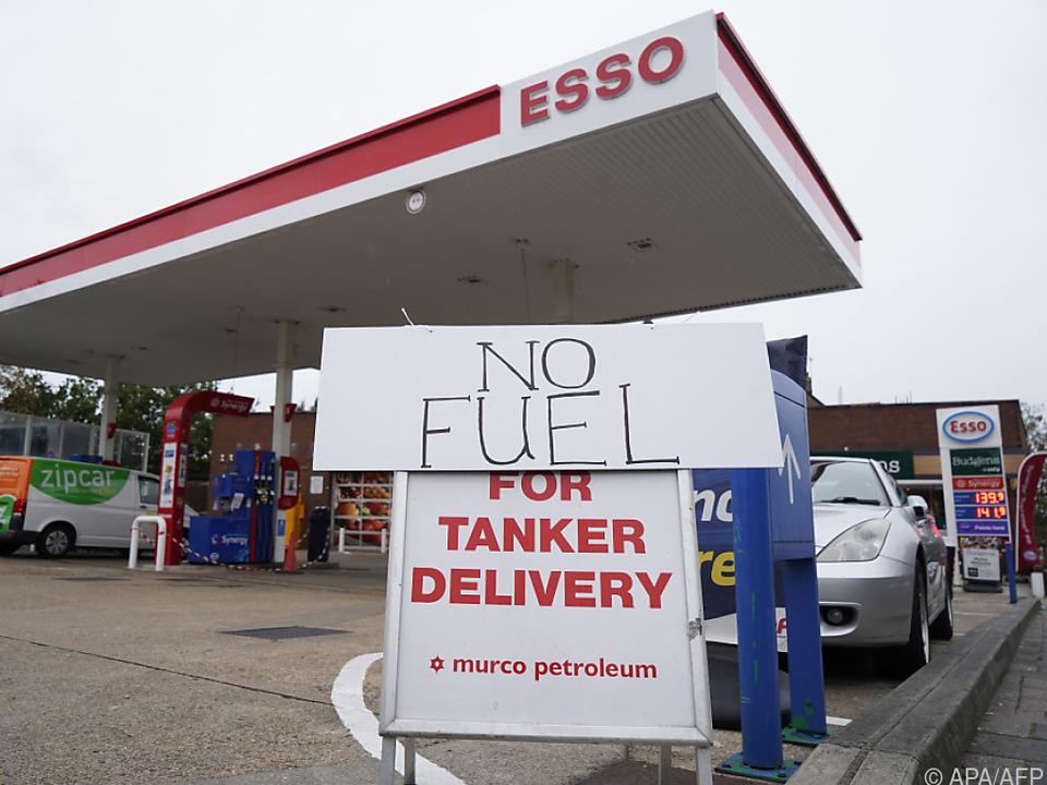Zahlreiche Zapfsäulen blieben wegen Mangel an Lastwagenfahrern leer